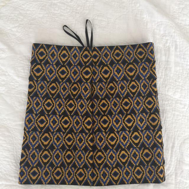 🌻tight pattern skirt
