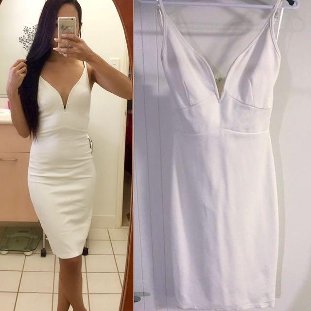 White Plunge Front Midi Dress   6