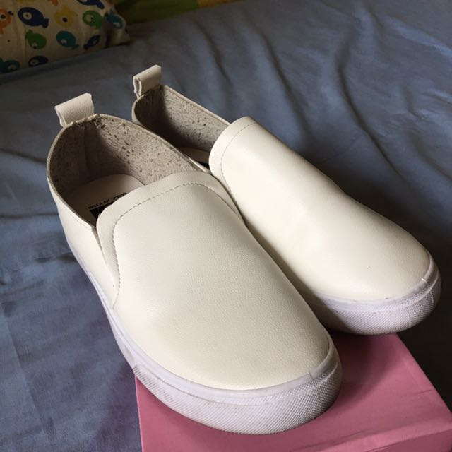 White Shoes High Quality