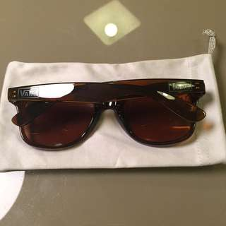 Vans 太陽眼鏡 無盒無袋 $80