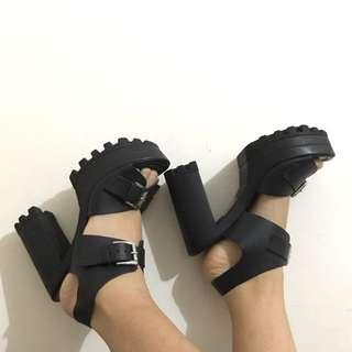 ASOS Platform Heels Size 6 - 36