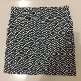 FOREVER 21 mini skirt pattern