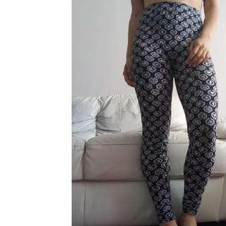 XS Stussy Leggings