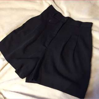 vintage high waisted black canvas shorts