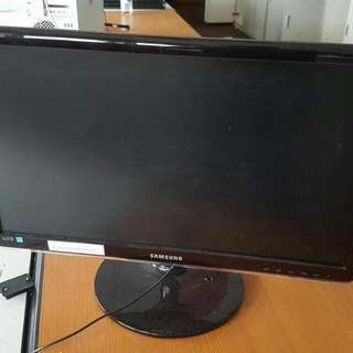 From $15, All Mus Go... LCD /LED MONITOR/TV Samsung Sony LG Panasonic 15in 17in 22in 24 In. 26in 32in 40in. 42in 50im Today Only Fr $15 Today Only At  Blk 292 Yishun St22 #01-287A Call 90899511