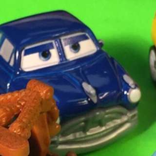 Disney Pixar Cars 3 - mini racers mystery blind diecast die-cast - Doc Hudson