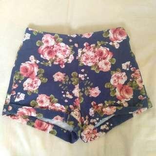 💸 Forever21 HW Floral Shorts