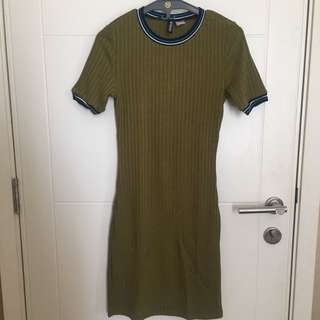 H&M dress size S