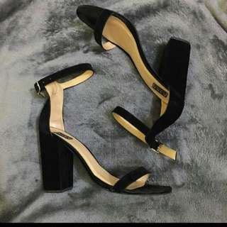 Take All!! KARA Sandals Size 9 VGUC