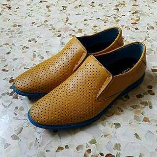 Frank William Shoe