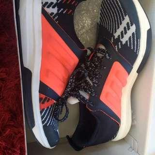 Adidas Yvori