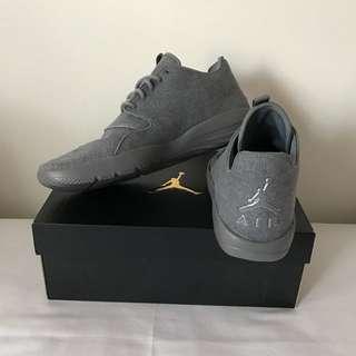 (NEW) Nike Air Jordan Eclipse Grey
