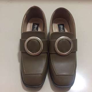 Monbirch Shoes Size 37