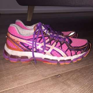 asics pink gel runners size 7
