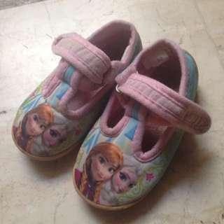 Sepatu Disney Frozen
