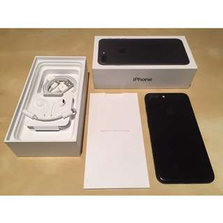 iPhone7 Plus 128 GB (Negotiable)