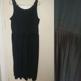 Dorothy Perkins Midlength Pleated Dress
