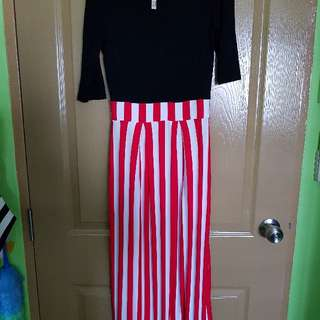 *Clearance *  One set black blouse attached with red stripe dress.