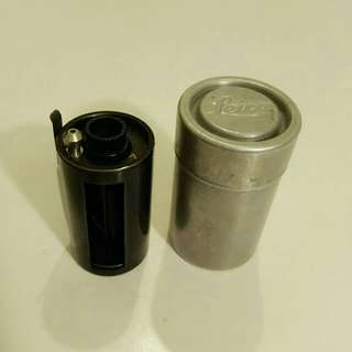 Leica Leitz Reloadable 35mm Film Cassette Canister With Case 德國製造 (菲林歲月收藏品)