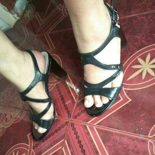 Fast Sale! New! Heels Everbest