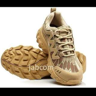 Tactical Shoes LOW Camo