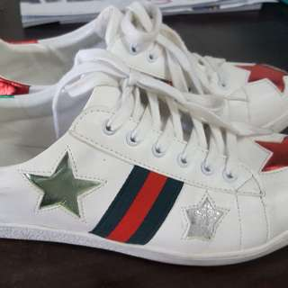 Gucci shoes / sneakers