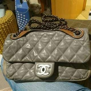 Chanel 4000
