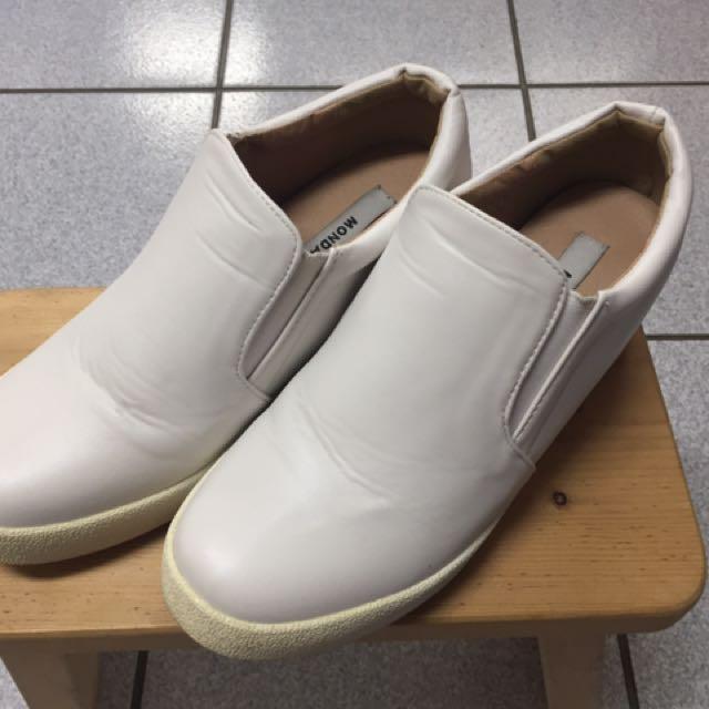 正韓內增高小白鞋