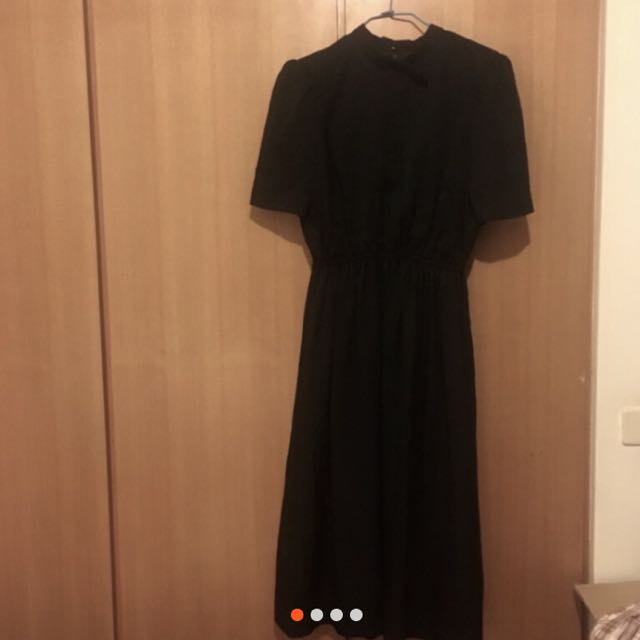 古著店購入黑色長洋裝