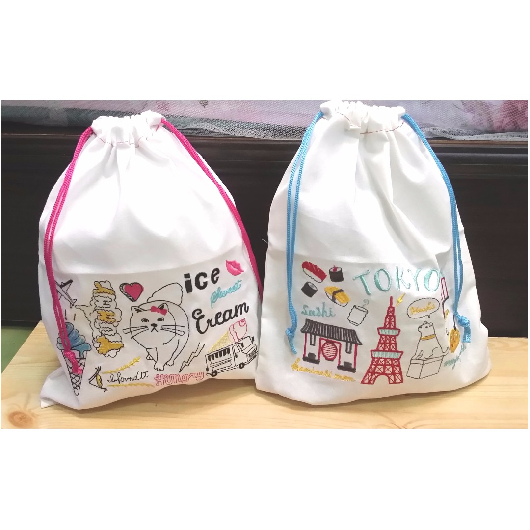 白色棉布刺繡束口袋 日本帶回 旅行的好夥伴,單個出售