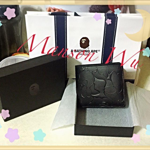 ✨日本代購✨ A BATHING APE 黑色壓紋短夾(100%日本原裝正品)