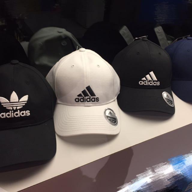 Adidas一系列老帽👋🏻大量進貨你還在等什麼!