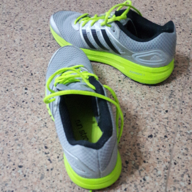f2e73163b81 Adidas Adiprene + running shoes