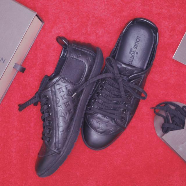 Authentic Louis Vuitton Monogram Toucan Sneakers