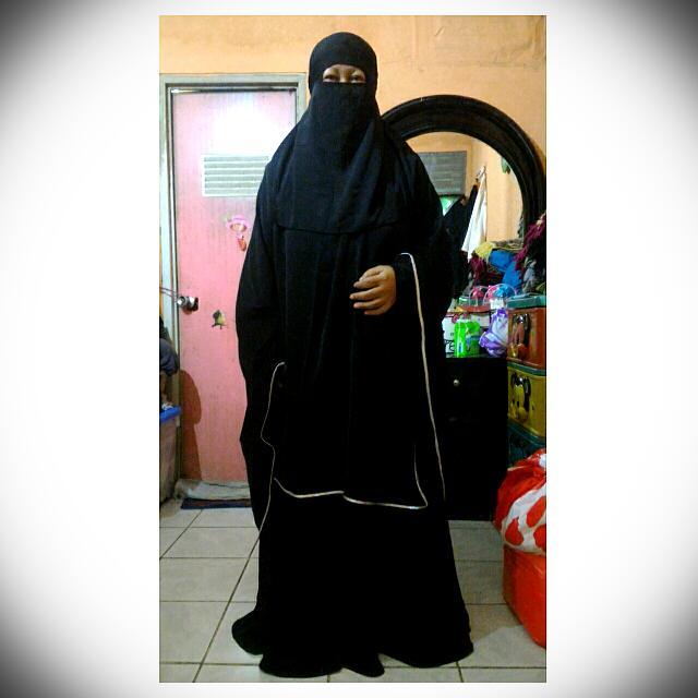 Baju Muslim Syar'i Shaqeena Cadar Turkey Black