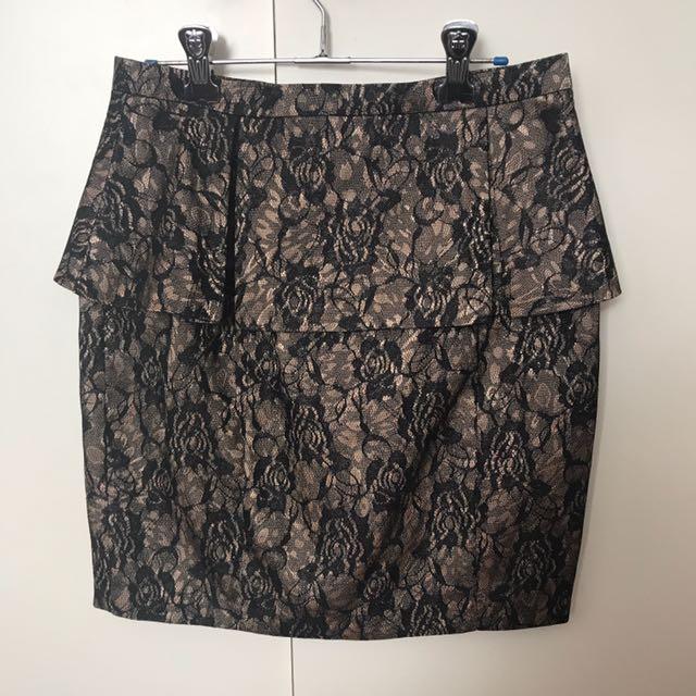 Bardot Beige And Black Lace Skirt Sze 8