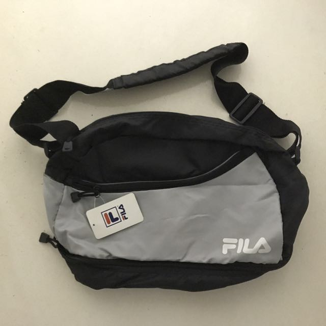 BNWT Fila Sports Duffle Bag with separate shoe compartment 96d97c18cae32