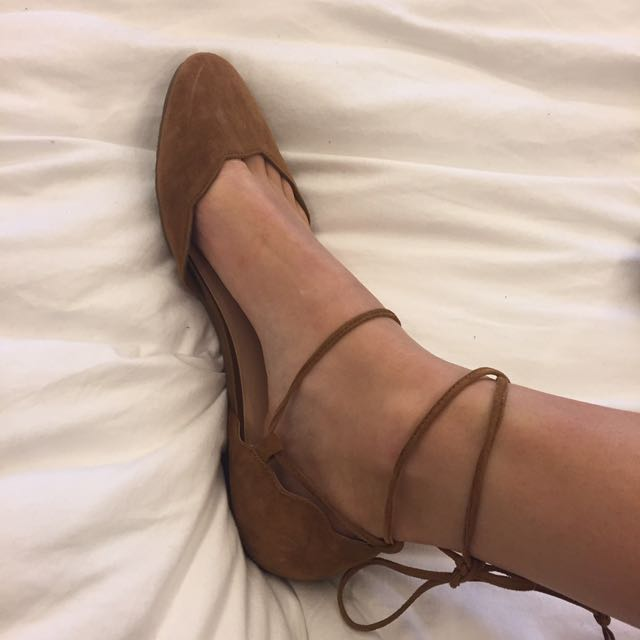 Brown Ballet Flats Tie Around The Ankles Size 9.5