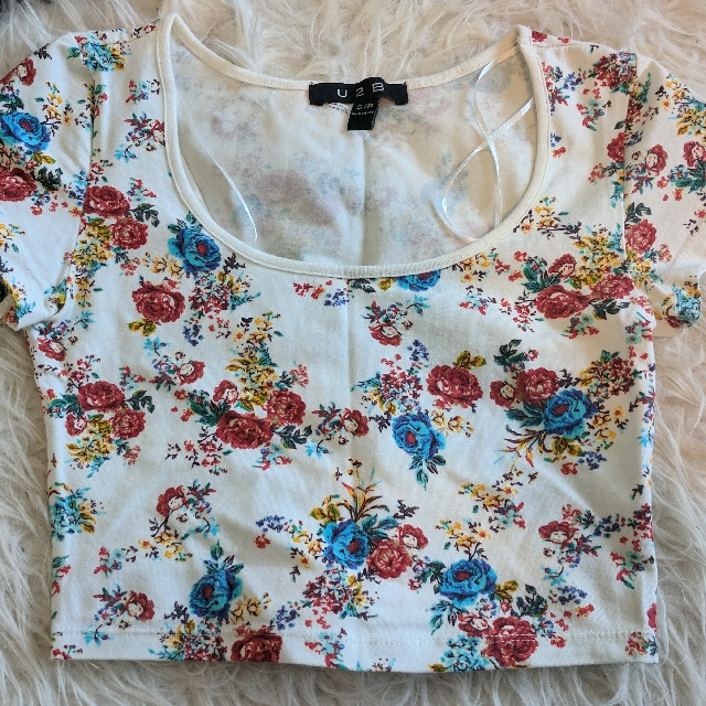 Cute Floral Crop Top
