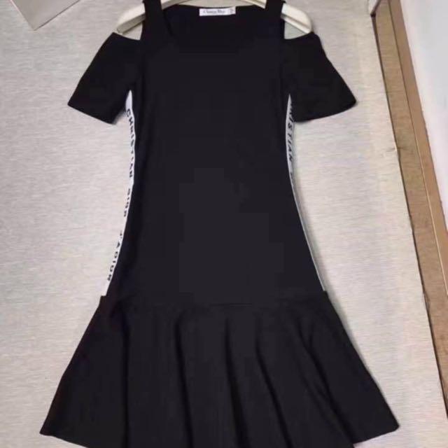 Dior露肩連身裙