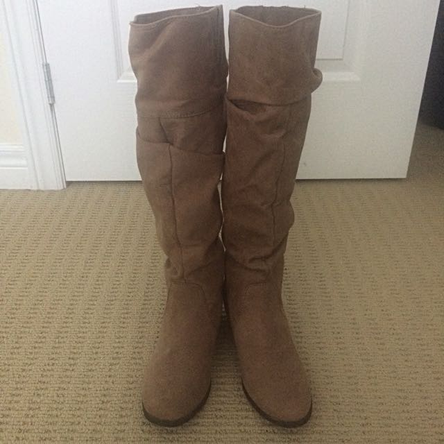 F21 boots size 6