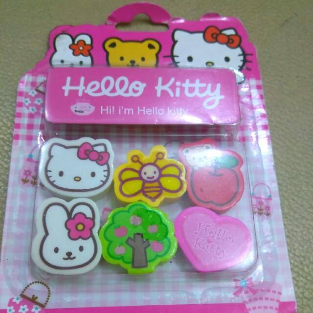Hello Kitty Eraser Set