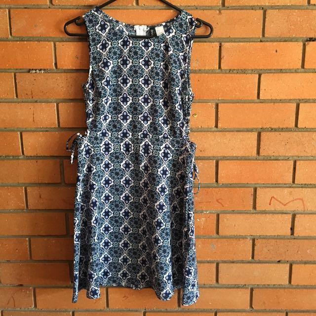 H&M Size 12 Blue Floral Dress