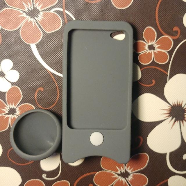 iPhone 4/4s Speaker Case