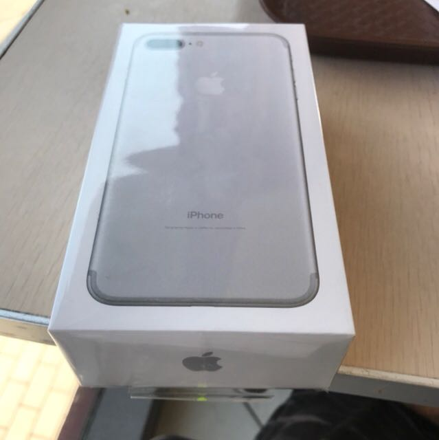 IPHONE 7+ 256 GB BRAND NEW WITH FULL WARRANTY