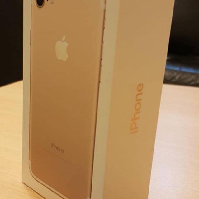 IPHONE 7 32 NEW NEVER USED
