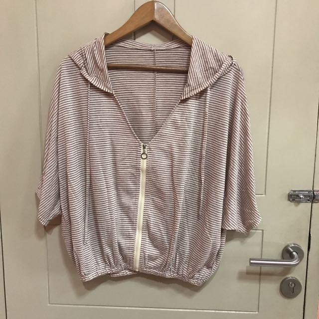 Light brown outer