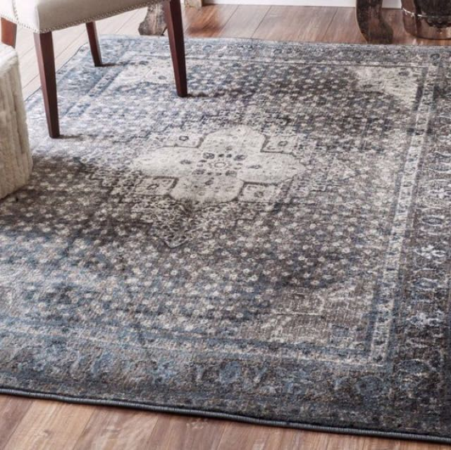 Lightly used rug!