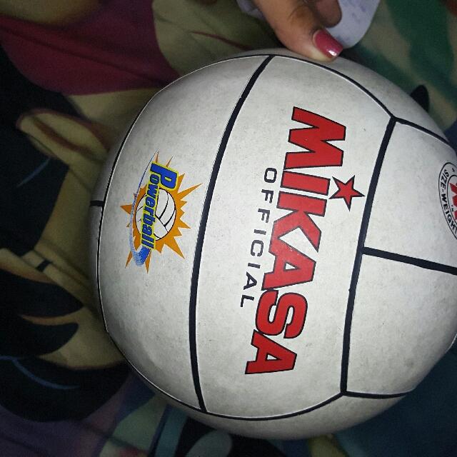 Mikasa Volley Ball