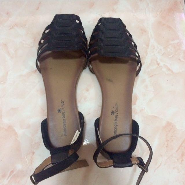 Montego Bay Club Sandals Size 8.5